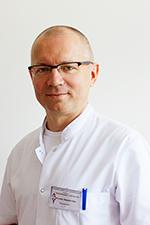 Dr n. med. Sławomir Okła, specjalista otorynolaryngolog