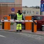 Wjazd/wyjazd od ul. Artwińskiego